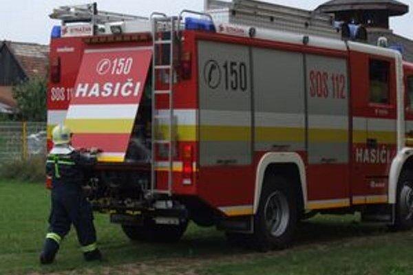 Pomoc hasičov bola potrebná pri troch dopravných nehodách.