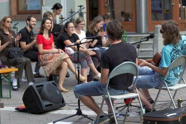 Festival SPOJKY prebiehal aj v uliciach Ružomberka.