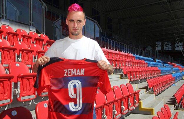 Martin Zeman prichádza zo Sionu.