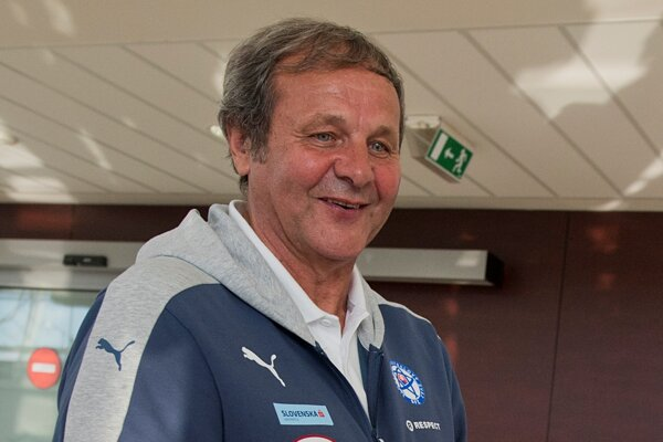 Tréner Ján Kozák.