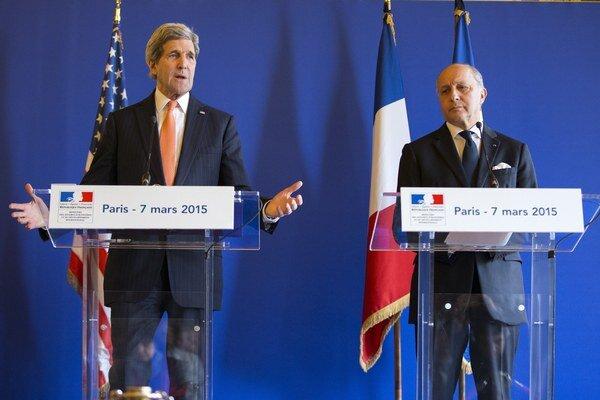 Laurent Fabius (vpravo).