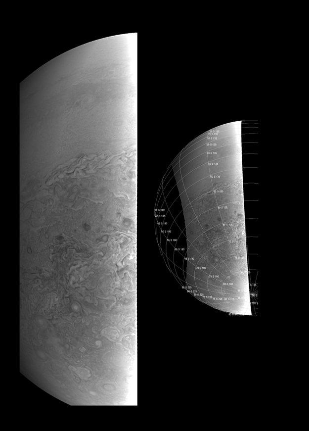 Pohľad na južnú hemisféru Jupitera ukazuje prechod z prostredia v oblasti rovníku k chaotickejším rysom planéty v polárnom regióne.