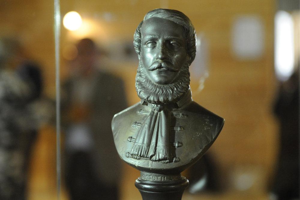 Na snímke prvá socha Lajosa Kossutha z r. 1848 odliata v Mukačeve, dnešná Ukrajina.