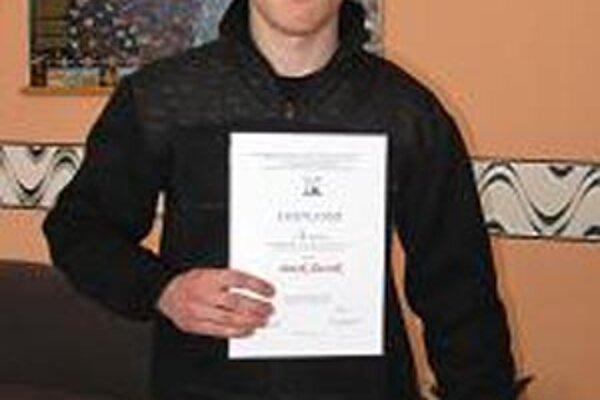 Patrik Ďurník úspešne reprezentoval svoju školu.