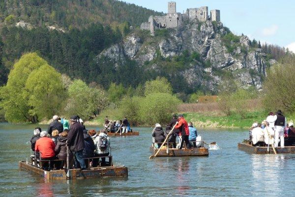 Pltníctvo na Váhu sa teší obľube turistov.