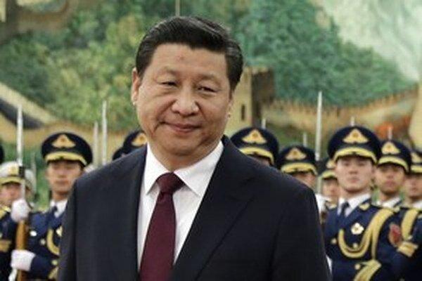 Čínsky prezident Si Ťin-pching chce zatočiť s oligarchami a korupciou.