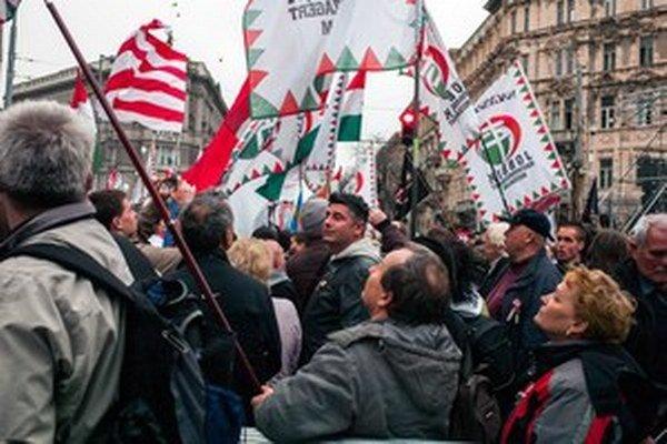 Radikálny Jobbik získal o päť percent viac ako vo voľbách pred štyrmi rokmi.