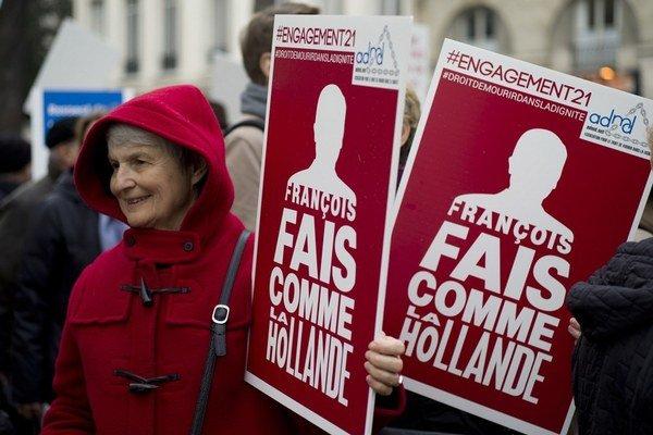 Konajte ako Holandsko, vyzývajú politikov zástancovia eutanázie vo Francúzsku.
