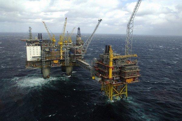 Zamestnanci nórskych ropných plošín majú rozprávkové platy