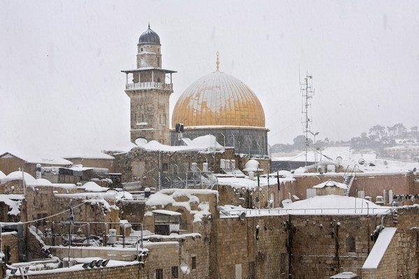 Zasnežený Jeruzalem.