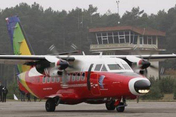 Cez letisko v Szymanoch mali dopravovať podozrivých teroristov do a z Poľska v čase, keď mala CIA v krajine tajnú väznicu.