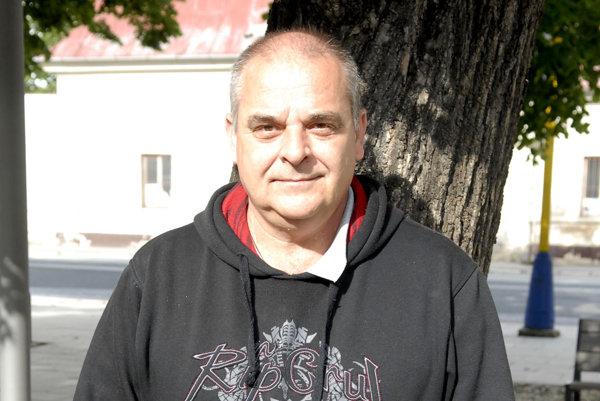 """""""Cinege"""" sa nezdá. Pavol Topoľský má novú ženu a opäť oveľa mladšiu."""