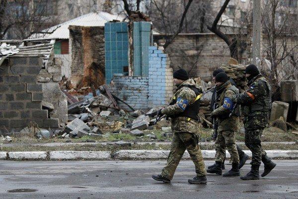 V piatok sa boje sústredili v oblasti mesta Debaľceve.