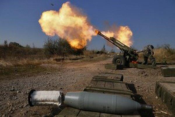 Ukrajina navrhla zastaviť paľbu a pristúpiť k implementácii dohôd z Minska.
