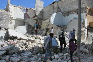 Východná časť Aleppa po jednom z náletov sýrskeho letectva.