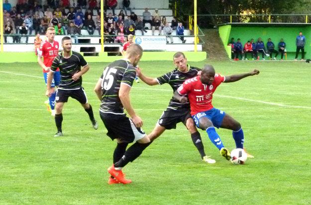 Ludinskí futbalisti zaslúžene postúpili do 16-finále, kde bude ich súperom na domácom ihrisku Spišská Nová Ves.