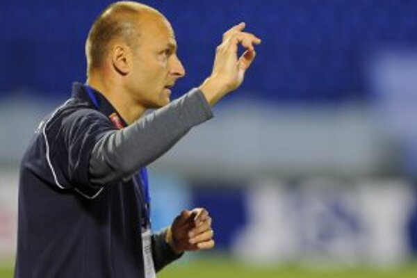 Spoluprácu svojho celku s klubom FC Baník Horná Nitra Adrián Guľa víta a je presvedčený o jej úspechu.
