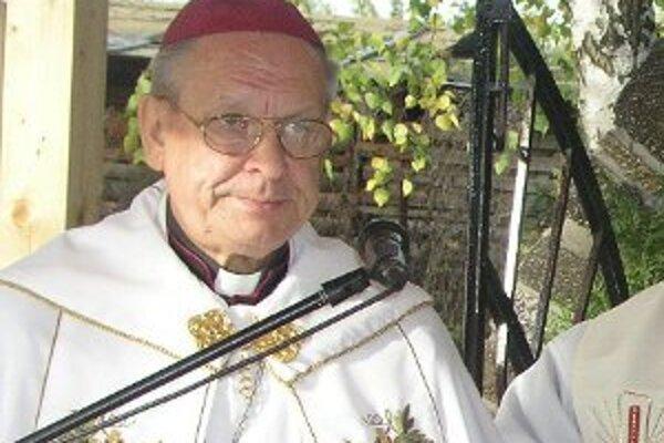 Rudolf Baláž v prievidzskom regióne vysvätil viacero kostolov.
