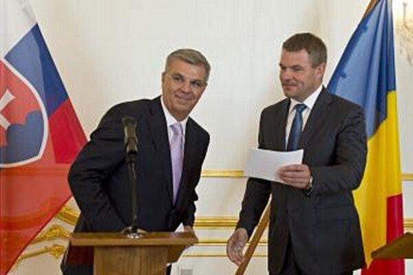 Predseda Národnej rady Peter Pellegrini (vpravo) a predseda Poslaneckej snemovne Rumunska Valeriu Stefan Zgonea.