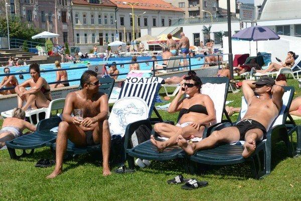 Meteorológovia upozorňujú, že horúčavy potrvajú dlhšie.