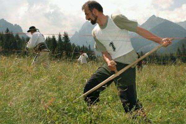 Súťaže v kosení majú na Slovensku svoju tradíciu.