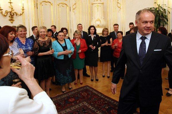 Prezident SR Andrej Kiska počas prijatia zdravotných sestier a pôrodných asistentiek.