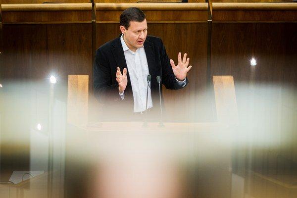 Lipšic chce na schôdzi riešiť postup špeciálneho prokurátora.