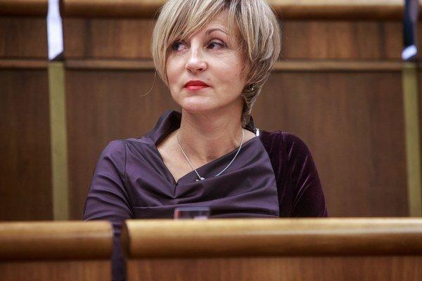 Renáta Zmajkovičová.