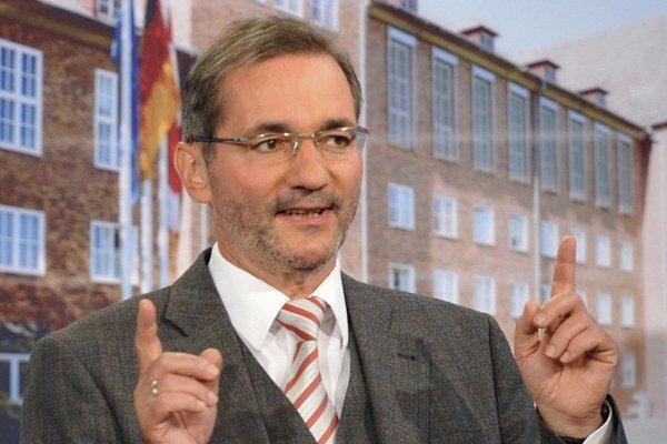 Ficov priateľ Mattias Platzeck z SPD.