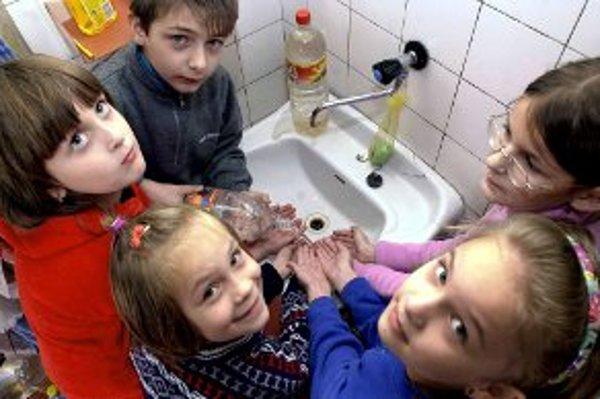 Hygiena rúk je dôležitá nielen v zdravotníctve.