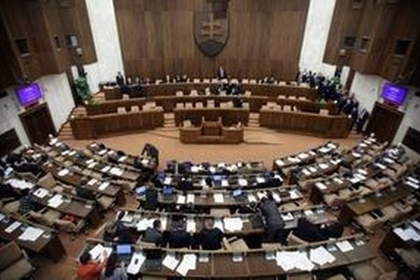Rokovacia sála Národnej rady.