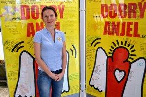 Ľudmila Kolesárová (39) pochádza zo Spiša. Vyštudovala marketing na Ekonomickej univerzite v Košiciach. V Dobrom anjelovi pracuje päť rokov ako marketingová manažérka.