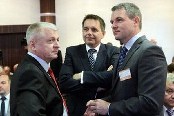 Noví ministri Pavlis (vľavo) a Pellegrini (vpravo).
