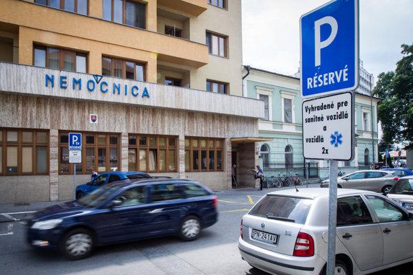 Miesta pribudnú aj pri piešťanskej nemocnici. autor: nemocnica Piešťany