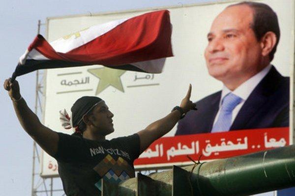 Bývalý šéf armády a nový prezident Sísí.