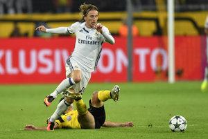 Je mozgom stredu poľa. Luka Modrič ostane v Reale Madrid ďalšie štyri roky.