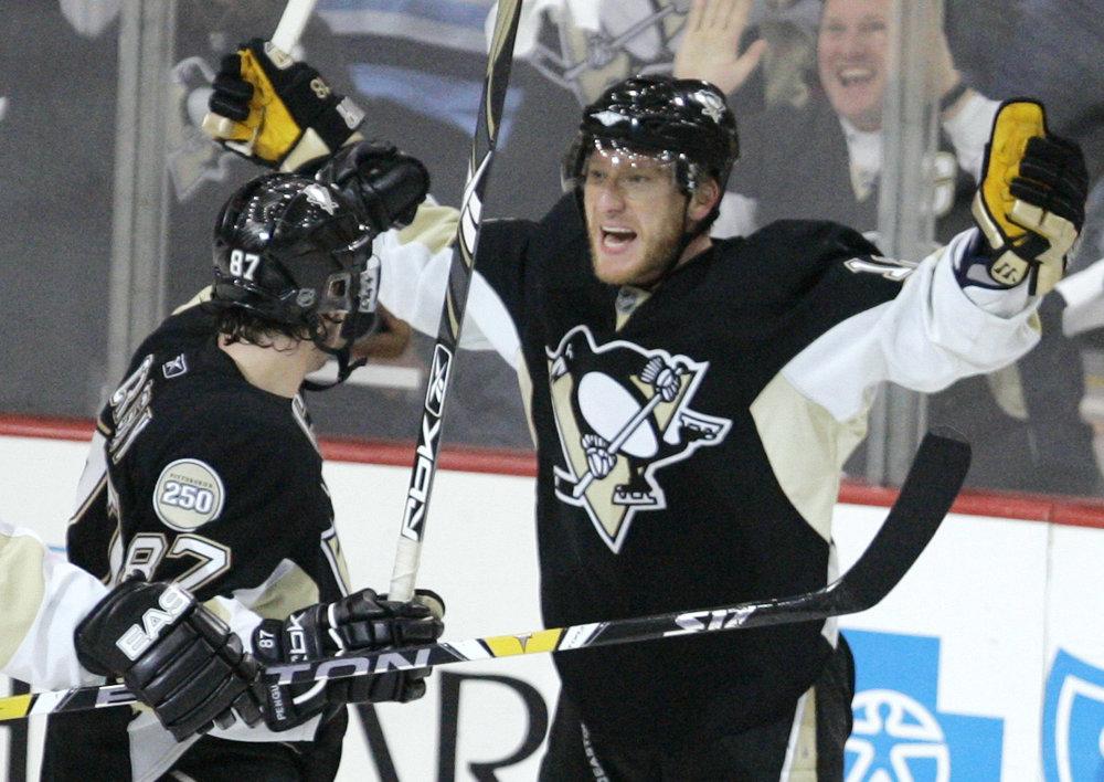 V roku 2008 Hossu vymenila Atlanta do Pittsburghu, Slovák spolu so Sidneym Crosbym a Jevgenijom Malkinom dotiahol tím až do finále o Stanleyho pohár.