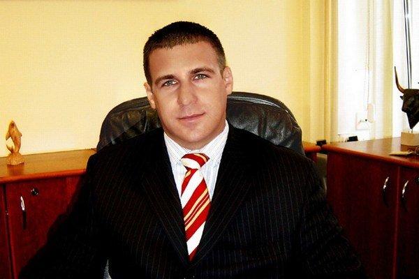 Martin Wiedermann má firmu, ktorá vlastní scientologické internetové stránky.