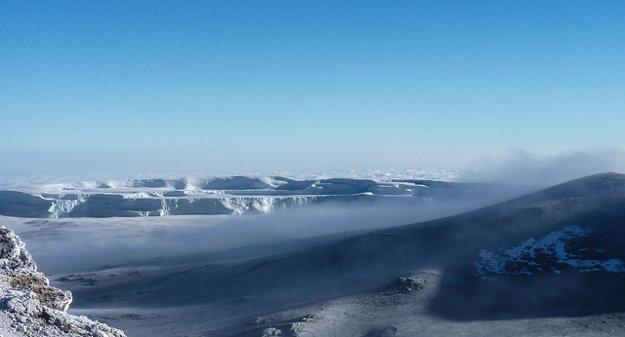Vďaka výške Kilimandžára zažijete v Afrike aj sneh.