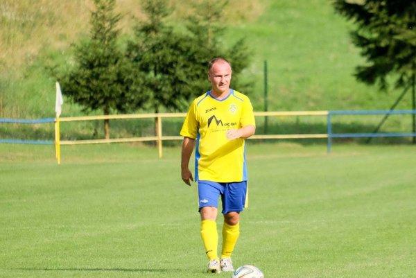 O cennom víťazstve Priechodu v Krupine rozhodol gólom z pokutového kopu Peter Penov.