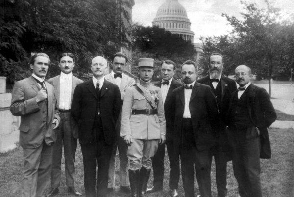 Stretnutie českých a slovenských krajanov s Milanom Rastislavom Štefánikom vo Washingtonu v roku 1917.