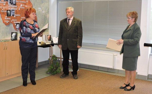 Spisovateľ Dušan Mikolaj sa tiež zúčastnil spomienkového podujatia.
