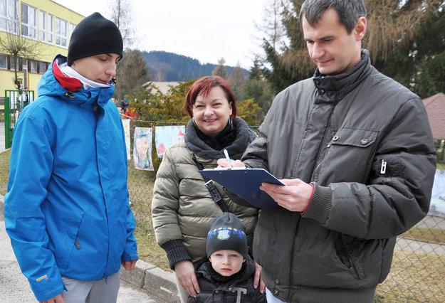 Petíciu podpísala viac ako tretina dolnokubínskych voličov.