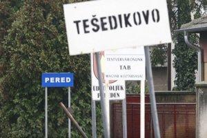 Tešedíkovo je v Nitrianskom kraji, neďaleko Šale. Väčšina obyvateľov je maďarskej národnosti.