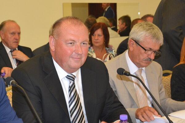 Primátor Rožňavy Pavol Burdiga. S hodnotením finančného zdravia mesta za rok 2015 je spokojný.
