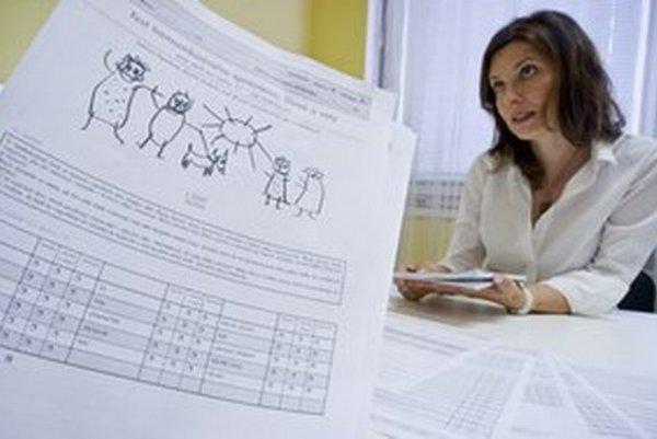 Logopedička Svetlana Kapalková vysvetľuje, ako fungujú testy komunikačného správania bábätiek.