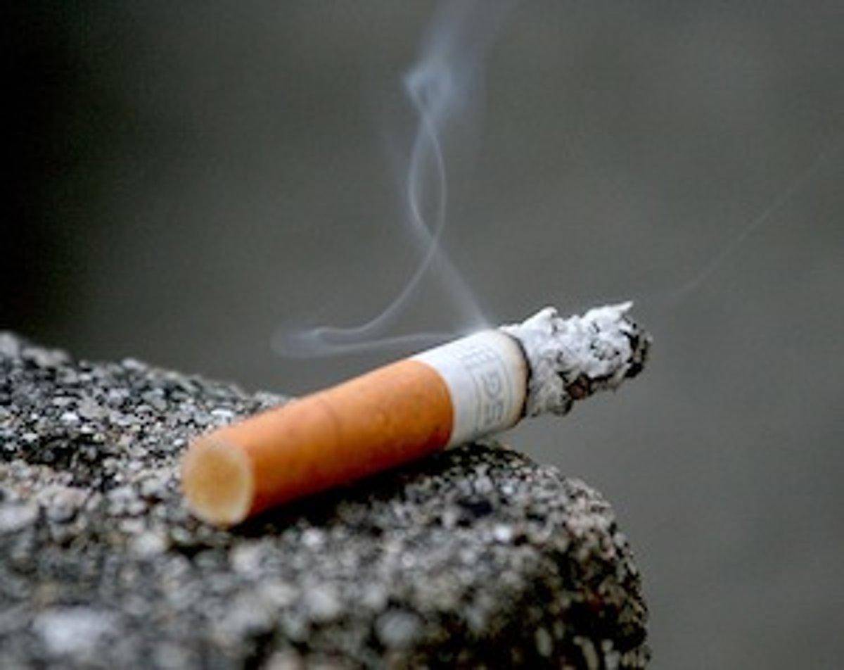 Cougars dávať fajčenie