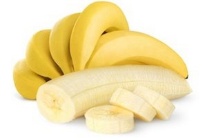 Pri pálení záhy môžu pomôcť aj banány.