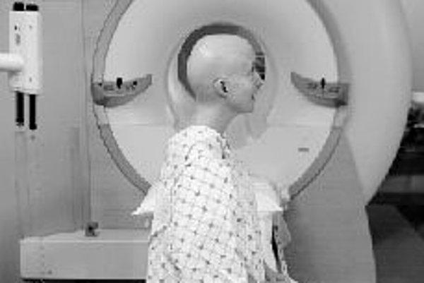 Rádiológia zaznamenala v posledných desaťročia nevídaný rozvoj. Najmodernejšie prístroje skvalitnili a najmä výrazne skrátili čas snímania. ILUSTRAČNÉ