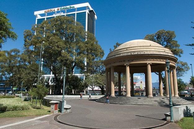V San José sa spája historická architekúta s modernou metropolou Kostariky.